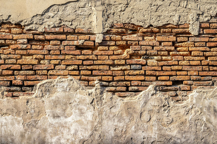 old wall with grunge