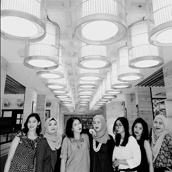 Arisan 4 - 2017, at Kedai Kopi Tenong, Cipete Raya. Photoshot By ITag Friends By ITag ImpressiveMindsMoms Arisan 4/17 By ITag Arisan Ex IMLC's MOMs By ITag Arisan IMCH By ITag