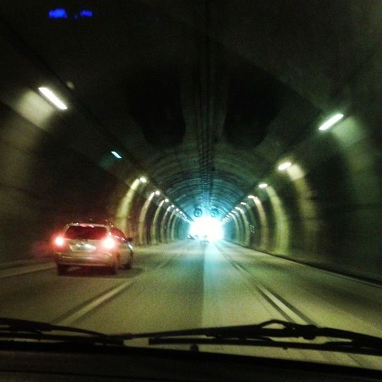 Porque sempre há uma luz no fim do túnel, é só acreditar.. Tunel Imigrantes Luznofimdotúnel Belive fé