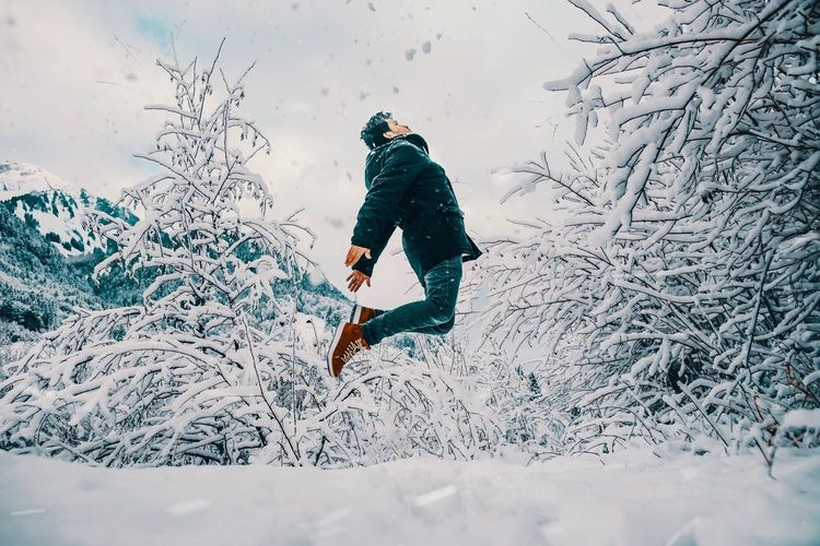 Lifestyle Lumix GH5 Gh5 Snow EyeEm Selects Winter Snow One Person Cold Temperature Leisure Activity Sport Winter Sport Full Length Warm Clothing Lifestyles Extreme Sports Day Nature Real People Adventure Mountain Men Motion Outdoors Skill