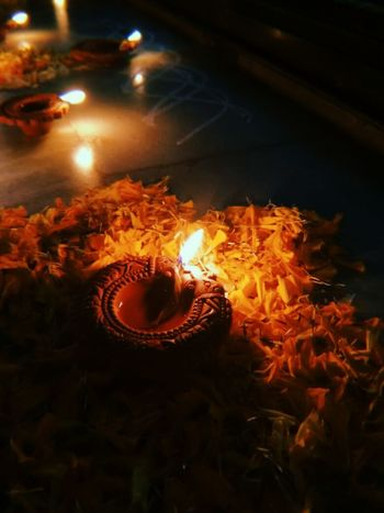 """"""" Let light shine out the darkness """" Diwali Flower Flame Illuminated Oil Lamp"""