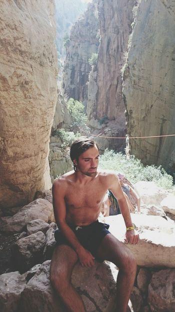İnstagram: ozgur.jpeg Foundation Falls Camping Enjoying Life Hello World Men Style Enjoying The Sun Sunbathing That's Me Art