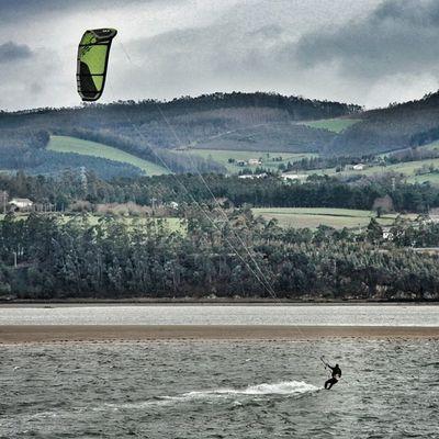 Galicia Kite Surfing Ribadeo Mar Cantabrico
