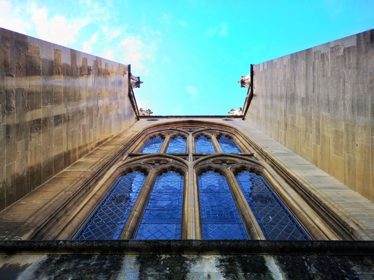 Looking Up Ooo Seemooore Huawei P20 Pro Leica Lens Mobilephotography Photography Photooftheday Blue Sky P20pro Huawei P20 Window City Sky Architecture Building Exterior Built Structure Cloud - Sky Place Of Worship Steeple Cathedral Church Religion Directly Below Visual Creativity