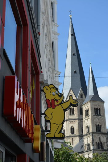 Haribo shop and Münster church Bonn Haribo Shop Münsterkirche  Architecture Built Structure City Day No People Outdoors Sky