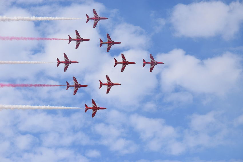 Southport Airshow 2016 Airshow Red Arrows Red Arrows Air Display Jetplanes Smoke Trails Flying Blue Sky Cloudy Air Display  Formation
