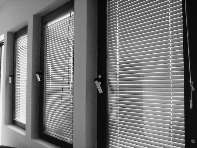 Black And White Windows Gradation Lonelyplanet My World In Black And White Sadness😢