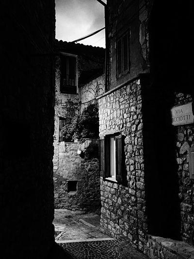 Blackandwhite Black And White Black & White Borgo Antico Bassiano Vicoli Vicolo Borgo