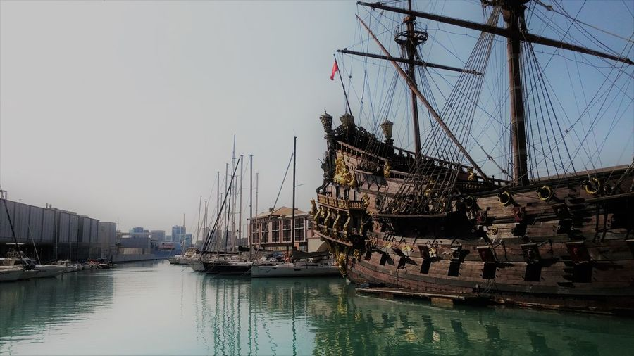Genova, Italy Landscape City Water Sea Mare Acquariodigenova Acquario Di Genova Genova Bellezzeditalia Beuty Beutiful  Ship Nave Wallpaper Sun Nature Nautical Vessel Cityscape Urban Skyline Tall Ship Sky Architecture Building Exterior Built Structure