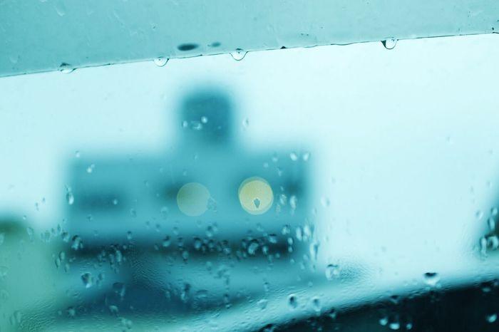 明日は雨の予報です。 雨 Rainy Days Rain Check This Out Taking Photos EyeEm Gallery 雫 Sky EyeEm Nature Lover Car The Scenery From The Car GN Gm  Photography Waterdrops