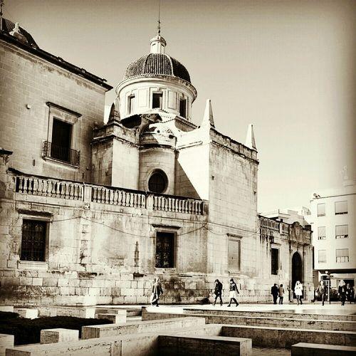 Blackandwhite Shootermag Blancoynegro Basilica De Santa Maria Elche Enfocae