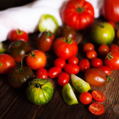 TOMATOES Food And Drink Healthy Eating Food Vegetable Still Life Vibrant Color Tomatoes Tomato Freshness Seaonal First Eyeem Photo