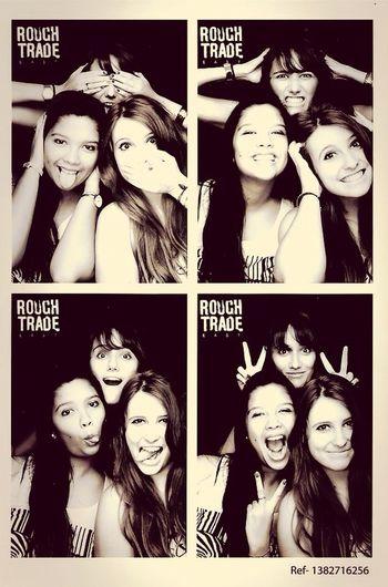 London Friends Girl Love