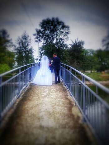 Bridge Lovers Bridge Ukraine Ivano-frankivs'k Wedding Photography Wedding Day Taking Photos At The Park Cleaning My Account At EyeEm Let's Do It Chic!