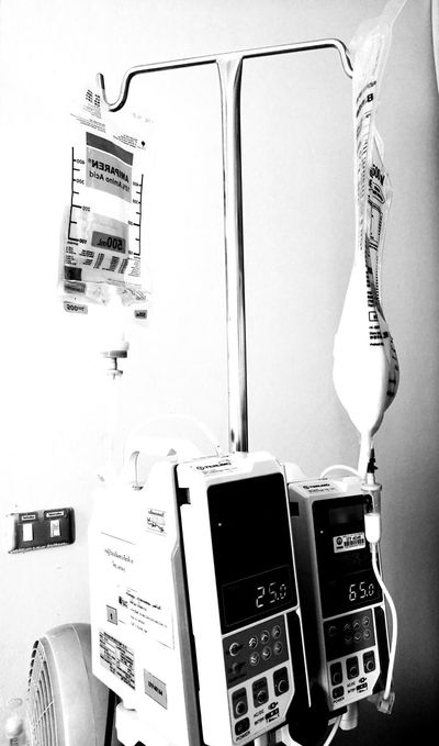health No People Indoors  Day Close-up Electrical Equipment Healthcare And Medicine Science Health Medicine Bottle Indoors  Medical Equipment Medical Care Light And Shadow Blackandwhitephotography Infusions Infusion Bag Intravenous Drip Black & White Micro Drip Hospital Infusion Pump Intravenous Blackandwhite Indoors  EyeEmNewHere