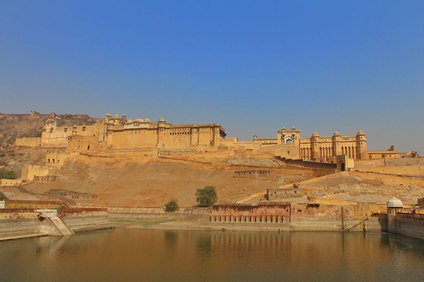 Indianstories Forts Of Jaipur Amerfortjaipur Amerfort Jaipur Rajasthan Jaipur Indian Culture  Indiapictures Tourism Indianphotographersclub Indianphotographers Indianphotography Built Structure Travel Destinations Rajasthan Beauty Rajasthan Rajasthantourismofficial Rajasthantourism Forts Of India Infrastructure History Ancient Civilization Indianphotographer