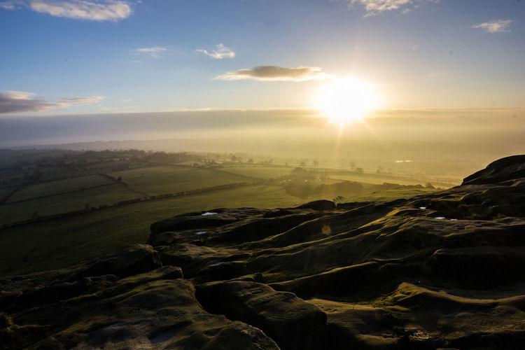 Sunrise Sunrise_sunsets_aroundworld Horizon Yorkshire