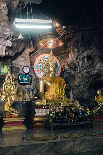 Buddha Thailand The Week on EyeEm Travel Travel Photography Traveling Buddhism Gold Gold Colored Golden Color Indoors  Neon Lights No People Place Of Worship Religion Sculpture Spirituality Statue Travel Destinations