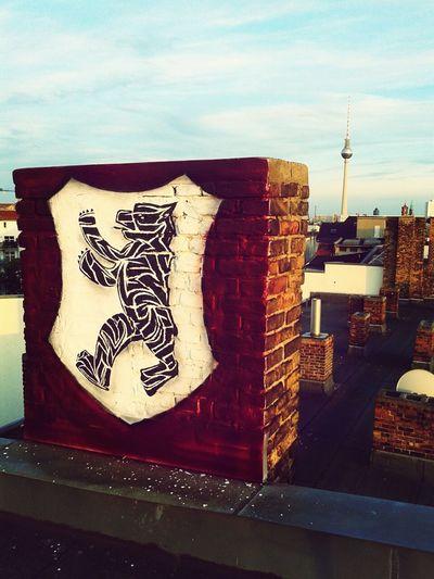 Mehr Berlin geht nicht... Hanging Out