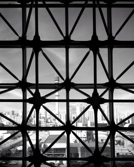 Black And White Pattern Girder Golf Club City Business Finance And Industry Steel Complexity Pattern Bridge - Man Made Structure Triangle Shape Sea Geometric Shape Architectural Design Hexagon Honeycomb Skylight Architecture And Art Ceiling LINE Triangle Square Shape Office Building Architectural Feature Architectural Detail