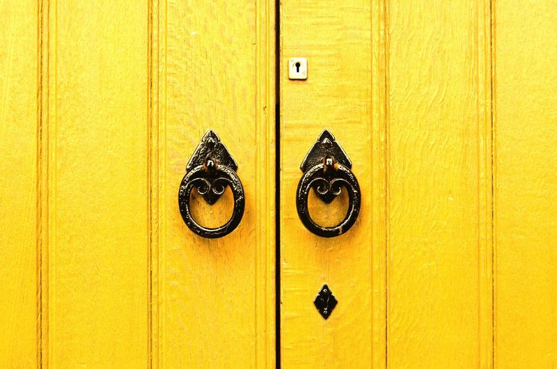 Quietschgelb Door Doors Eye4photography  Yellow Gate Old Wood Church England & Scotland Scotland Old Buildings Building Churches Scottish Black Market Bestsellers May 2016 Bestsellers Paint The Town Yellow Nikon Paint The Town Yellow Pet Portraits