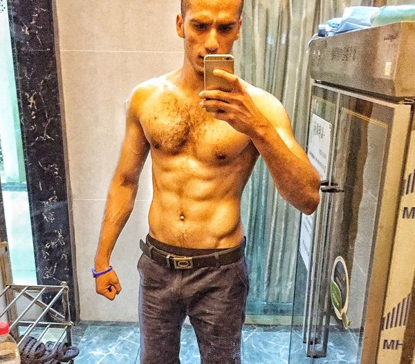 Heyyyyyy Fuckers I am back after one year of not posting any miss all of u.. That's Me Sixpacks Muscles Gym Time Self Portrait Selfie ✌ China Guiyang Huaguoyuan