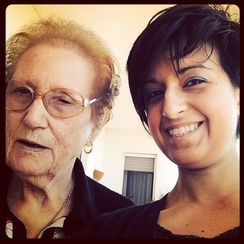 generazioni a confronto!!! 👵👧💖 Nonna e Nipote Grandmother Love happymothersday happy beautiful instagood family picoftheday mothers happiness today