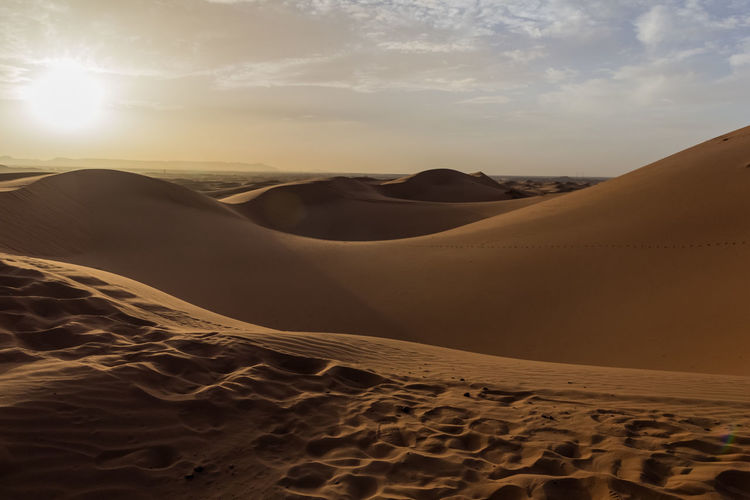 Sand Desert Scenics - Nature Landscape Beauty In Nature Tranquility Environment Sky Non-urban Scene No People Nature Remote Sahara Sahara Desert Morocco Morocco 🇲🇦 Sundown Sunset Desert Landscape