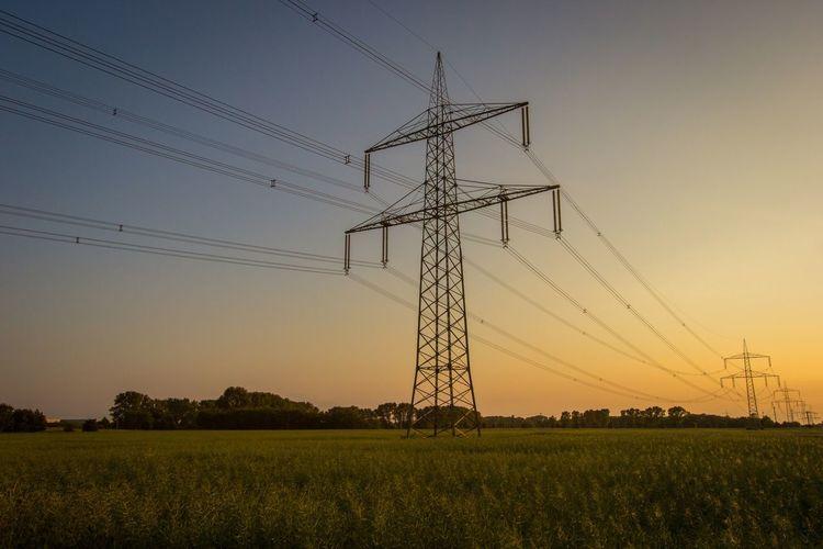High Voltage Cornfield Leipzig