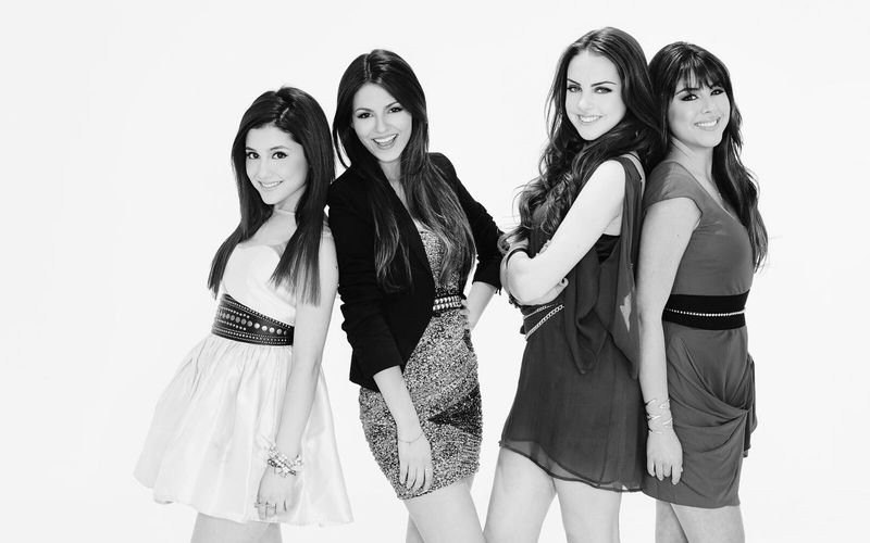 VICTORIOUS Really had a good time watching it!! Love It VictoriaJustice Arina Grande Moments I Miss It  Show Nickelodeon