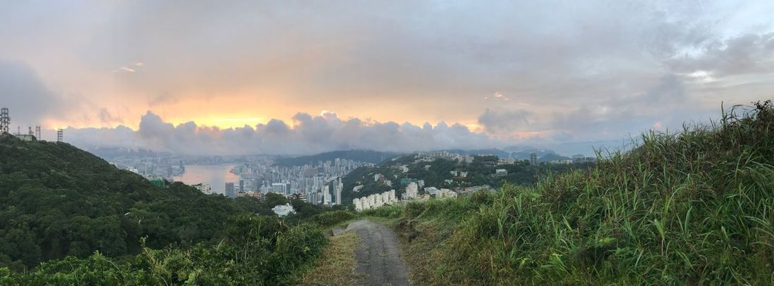 Beauty In Nature Cloud - Sky Outdoors Victoria Peak, Hongkong Victoria Harbour Sunrise Mountain EyeEmNewHerе EyeEmNewHere