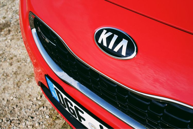 aus Liebe zum Detail ❤️ Detail Details Carlove Kiaceed Kiaceedgt Ceed Kia Red Communication Mode Of Transportation Sign Transportation Text Day Land Vehicle Motor Vehicle Car Outdoors Road Sign Road