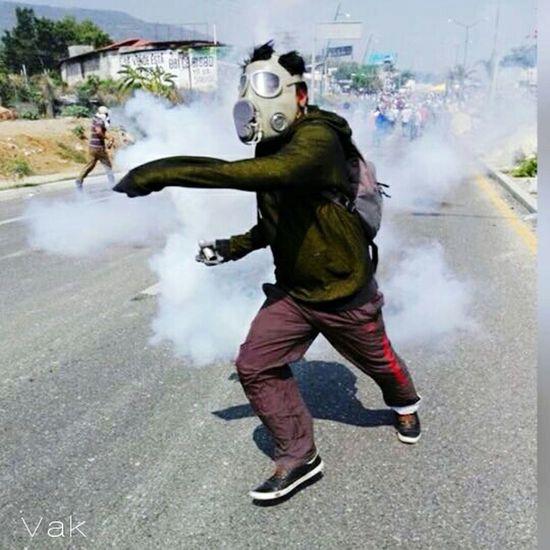 The Photojournalist - 2016 EyeEm AwardsFirst Eyeem Photo People Mexico Urban Revolution Chiapas, México Chiapas