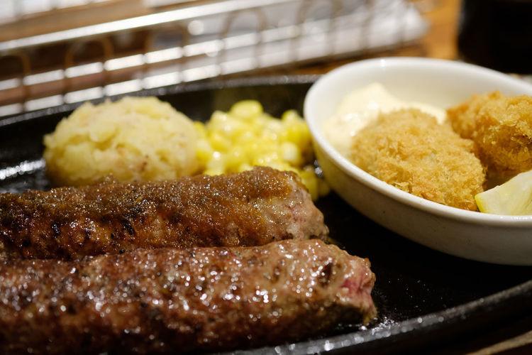 ブロンコビリー Close-up Food Food And Drink Food And Drink Foodporn Freshness Fujifilm FUJIFILM X-T2 Fujifilm_xseries Grilled Hamburg Steak Healthy Eating Japan Japan Photography Meat Ready-to-eat X-t2 ハンバーグ ぶろんこびりー