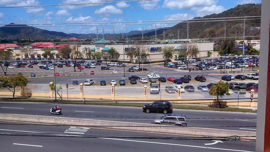 Up view. Shopping Caguas Window View Street