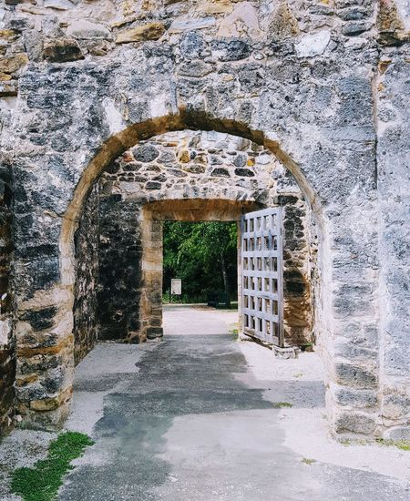 Arch and Gate Architecture Arch Built Structure Entrance Day No People Spanish Culture San Antonio, Tx Catholic Catholic Place Missions Spainish Architecture, Spain Catholic Arcitecture Architecture History Old Buildings Travel Destinations Door Hallways Old Building Gates