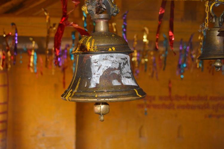 Tradition Religion Spirituality Bell Dayshots Daytime Photography Outdoors Uttrakhand Beauty Of India Uttarakhandtourism Uttarakhandculture Religioustourism Uttarakhand_travel_diaries Temple Travel Travel Photography Tourist Attraction  Ancient Beauty Ancient Town Tourist Attraction
