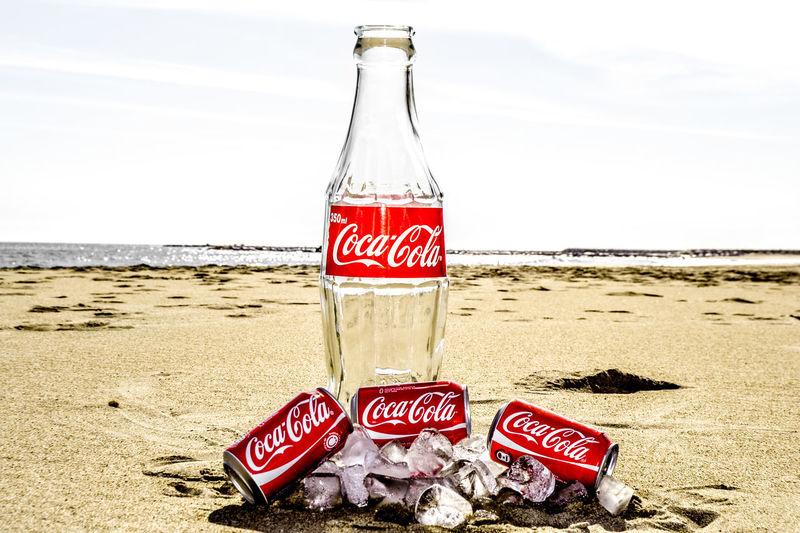 Cocacola Coca Cola Coca-cola Coca-Cola ❤ Coke Bottle Coke Bottles Coke Collection Cokecola Cokebottle Coke Design Cokelat Drink Drink Time Drinking Coke Beach Beach Photography Beach Time Ice Publicity Publicity Art Publicimage Publicitaire Artistic Photo Sun Morning