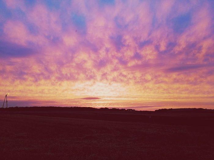 Sonnenuntergang Polen Wilkowiczki Land Felder Leben