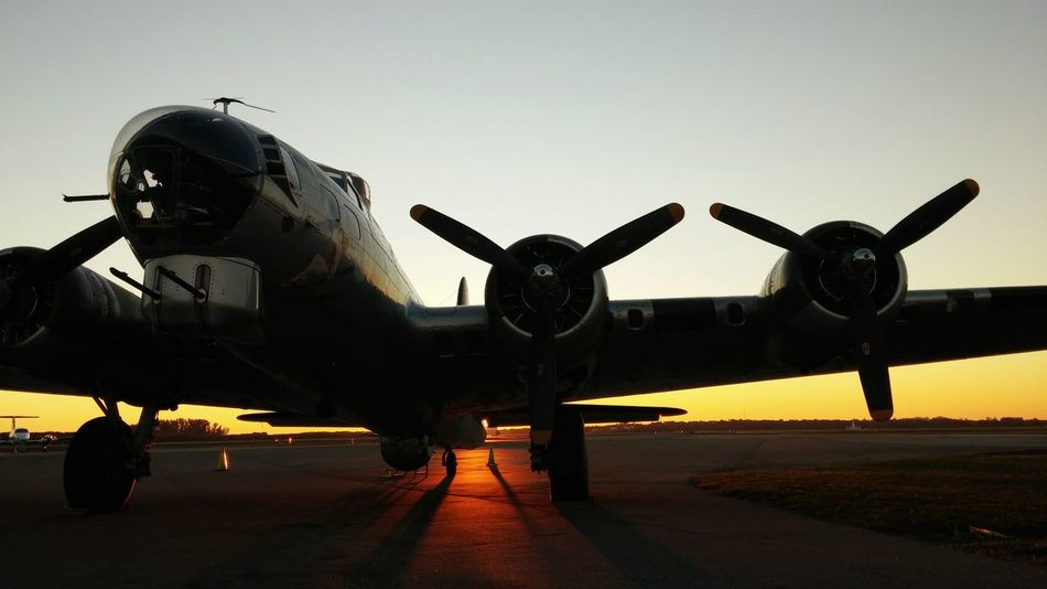Dawn's early light. History Through The Lens  Capturing History Noedit Nofilter EyeEm Best Shots - Sunsets + Sunrise Airplane B17