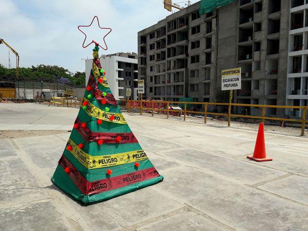 Navidad #merrychristmas #sky #Construction #Obras #urban #arquitecture #landscape