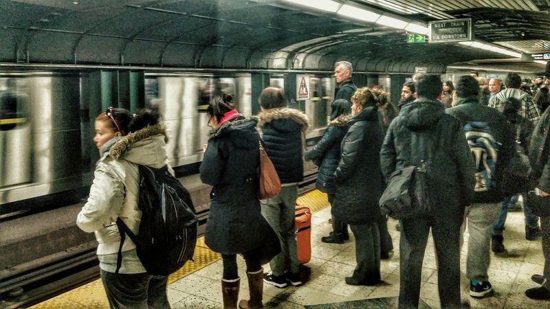 Early Morning Commute Getting Around Subways Ttc Toronto LGg3photography LGG3